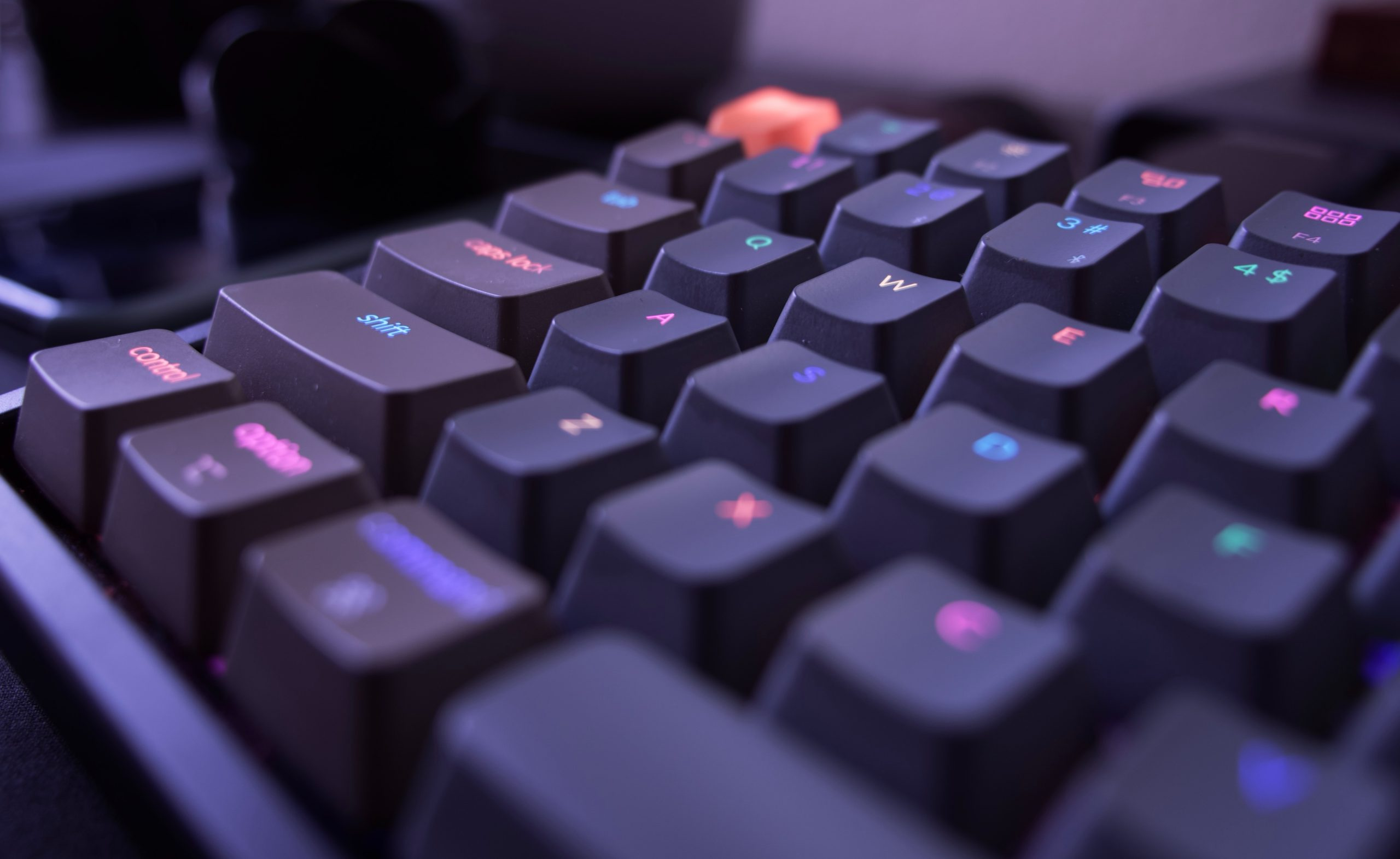 5 Quiet Keyboards For Gaming